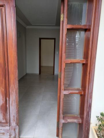 Alugar Casas / Padrão em São José do Rio Pardo R$ 2.950,00 - Foto 6