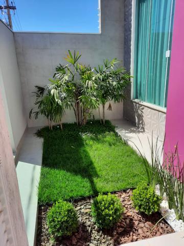 Alugar Casas / Padrão em São José do Rio Pardo. apenas R$ 950.000,00