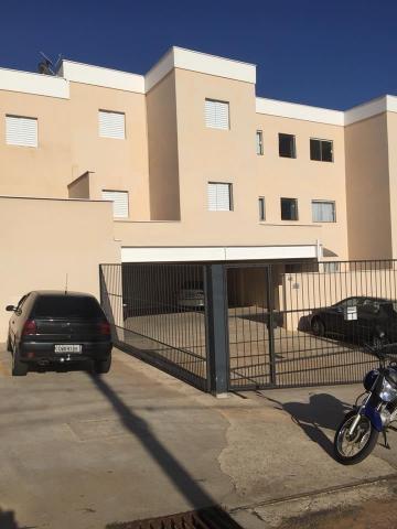 Apartamentos / Padrão em São José do Rio Pardo , Comprar por R$220.000,00