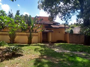 Alugar Casas / Padrão em Ribeirão Preto. apenas R$ 1.300.000,00