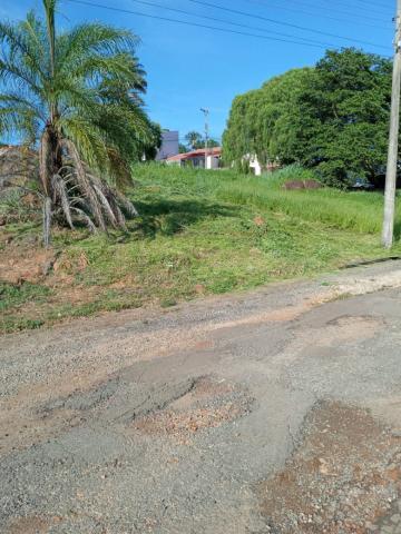 Terrenos / Padrão em São José do Rio Pardo , Comprar por R$128.000,00