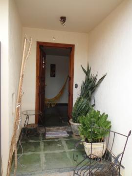 Alugar Casas / Padrão em São José do Rio Pardo R$ 2.200,00 - Foto 4