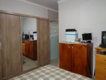 Comprar Casas / Padrão em São José do Rio Pardo R$ 375.000,00 - Foto 14
