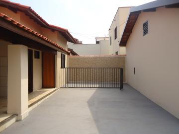 Alugar Casas / Padrão em São José do Rio Pardo R$ 1.300,00 - Foto 28