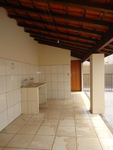 Alugar Casas / Padrão em São José do Rio Pardo R$ 1.300,00 - Foto 34