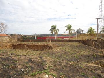 Comprar Terrenos / Padrão em São José do Rio Pardo R$ 318.000,00 - Foto 4