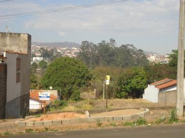 Alugar Terrenos / Padrão em São José do Rio Pardo. apenas R$ 95.000,00