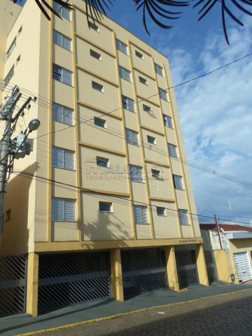 Alugar Apartamentos / Padrão em São José do Rio Pardo. apenas R$ 470.000,00