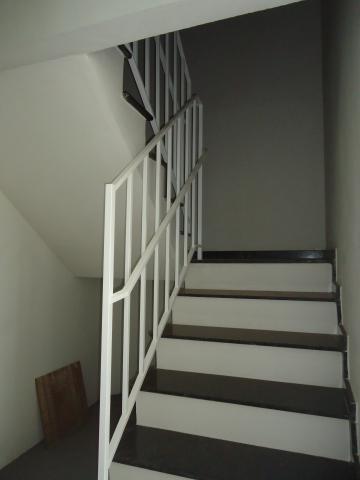 Alugar Apartamentos / Padrão em São José do Rio Pardo R$ 850,00 - Foto 7