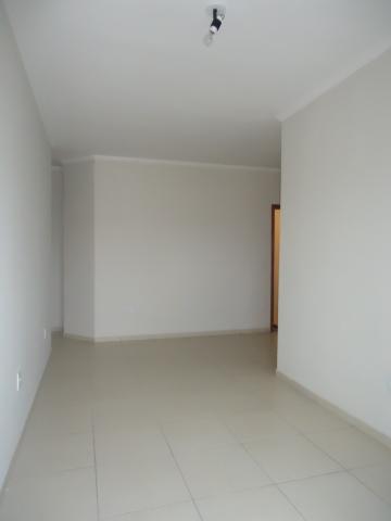 Alugar Apartamentos / Padrão em São José do Rio Pardo R$ 850,00 - Foto 11