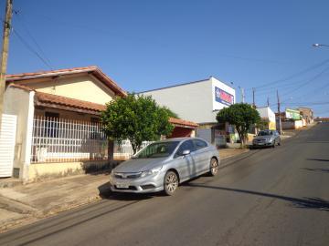 Comprar Casas / Padrão em São José do Rio Pardo R$ 500.000,00 - Foto 2