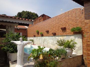 Comprar Casas / Padrão em São José do Rio Pardo R$ 475.000,00 - Foto 2