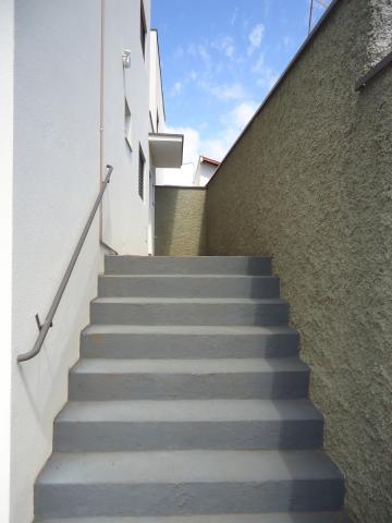Alugar Apartamentos / Padrão em São José do Rio Pardo R$ 935,00 - Foto 5
