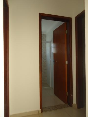 Alugar Apartamentos / Padrão em São José do Rio Pardo R$ 935,00 - Foto 23