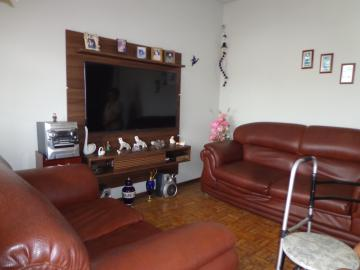 Comprar Casas / Padrão em São José do Rio Pardo R$ 290.000,00 - Foto 4