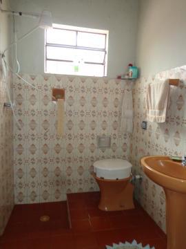 Comprar Casas / Padrão em São José do Rio Pardo R$ 290.000,00 - Foto 7
