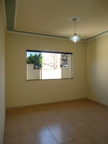 Alugar Casas / Padrão em São José do Rio Pardo R$ 1.500,00 - Foto 11