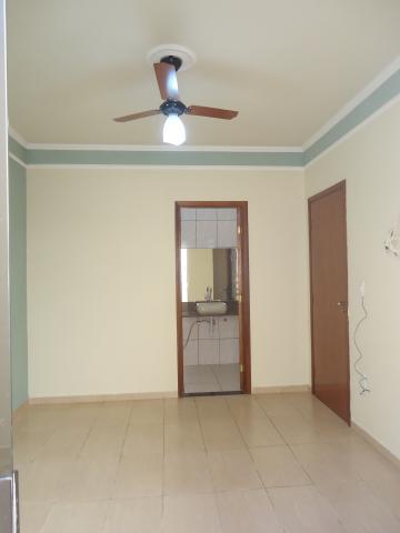 Alugar Casas / Padrão em São José do Rio Pardo R$ 1.500,00 - Foto 19